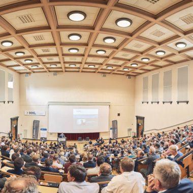 Rund 450 Besucher konnten bei der Leipzig Leadership Lecture begrüßt werden.