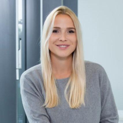 HHL part-time master student Julia Fischer